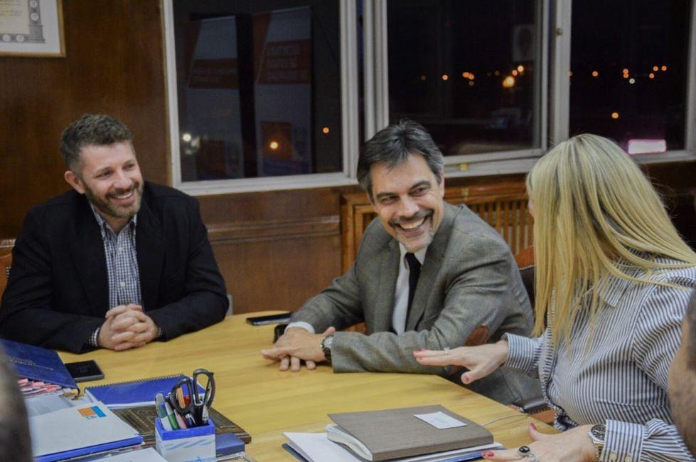 Bertone firmó un convenio con FUNDARTOX para prevención de adicciones