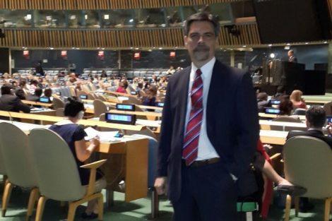 Participación del Dr. Carlos Damin como integrante de la Red Científica Internacional de la Comisión de Drogas y Crimen de Naciones Unidas. Sesión Especial de la Asamblea General de las Naciones Unidas (UNGASS) sobre Drogas en Nueva York