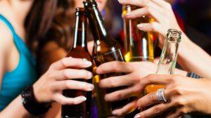 Infobae - Previas, boliches y fiestas de egresados: hay consenso entre los expertos en recomendar alcohol cero hasta los 18