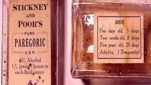 """Opio y alcohol para que los niños de 5 días """"durmieran mejor"""". Era 1906, pero aún se ve"""